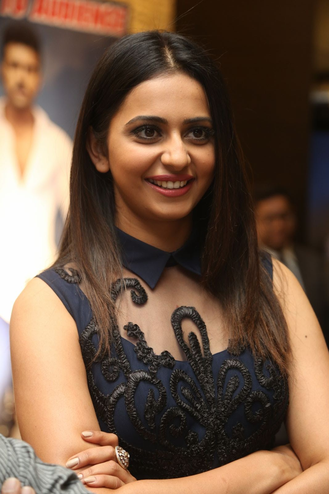 rakul preet singh latest sizzling photos-HQ-Photo-12