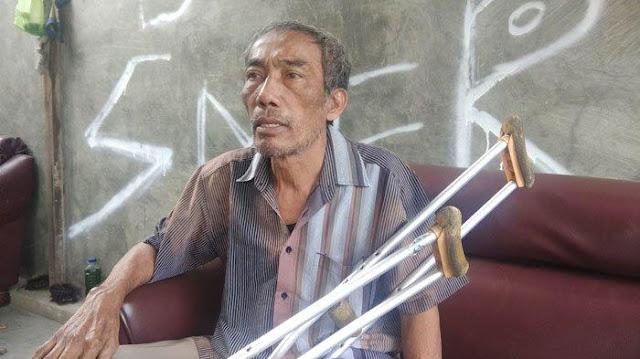 Ayah Stefan Sihombing, Poltak Sihombing saat ditemui di rumah duka, Kamis (21/2/2019).