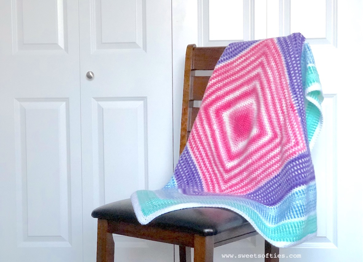 Merry-Go-Round Blanket (Free Crochet Pattern) - Sweet Softies