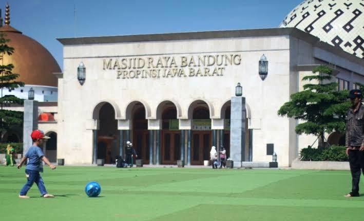 Pemerintah Akan Siapkan Teks Khutbah untuk Khatib Jumat, Khusus Bandung!
