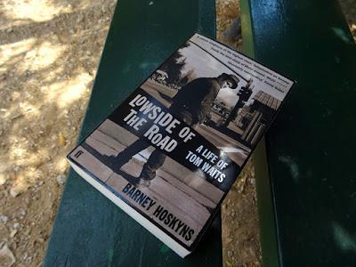 Ένα βιβλίο για τον Tom Waits, Lowside of the Road
