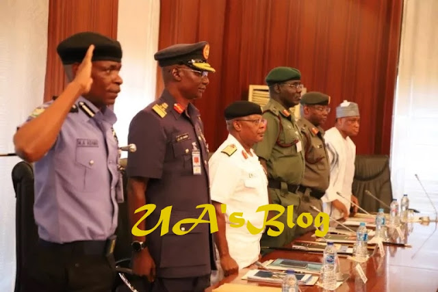 Buhari, security chiefs meet in Aso Rock