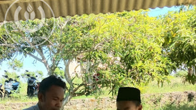 Perjuangan Guru Dipelosok Lombok Timur, Dari Door to Door Sampai Naik Turun Bukit Cari Sinyal