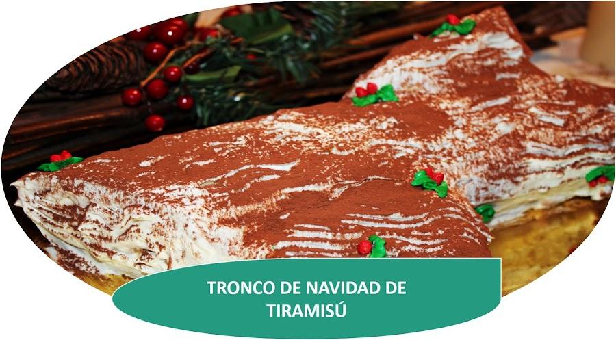 TRONCO DE NAVIDAD DE TIRAMISÚ