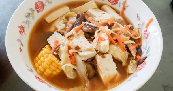 台中太平菩提園素食館 臭臭鍋、OR煎、羹飯等古早味平價素食