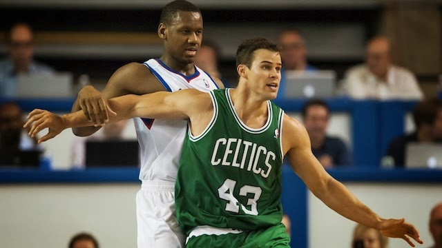 Why on Earth isn t Kris Humphries playing   f24bf861e