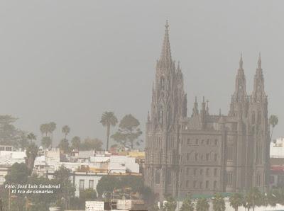 La calima cubre Canarias por Navidad - 2016