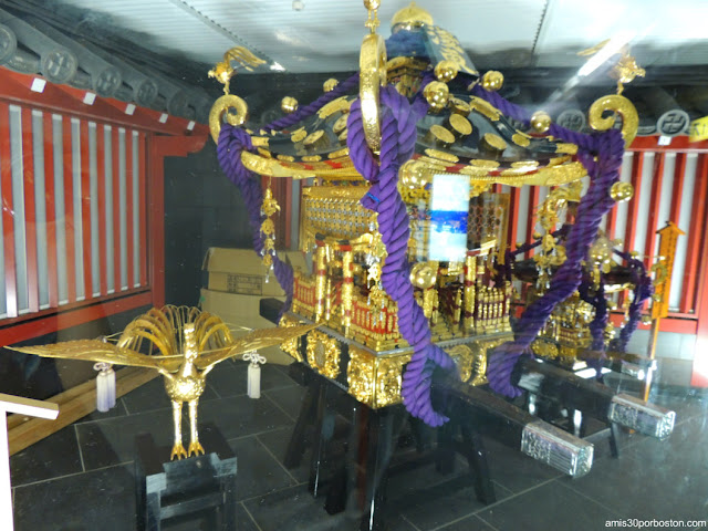 Mikoshi del Santuario de Asakusa para el Sanja Matsuri