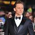 Ο Tom Hiddleston παραδίδει μαθήματα ανδρικού style