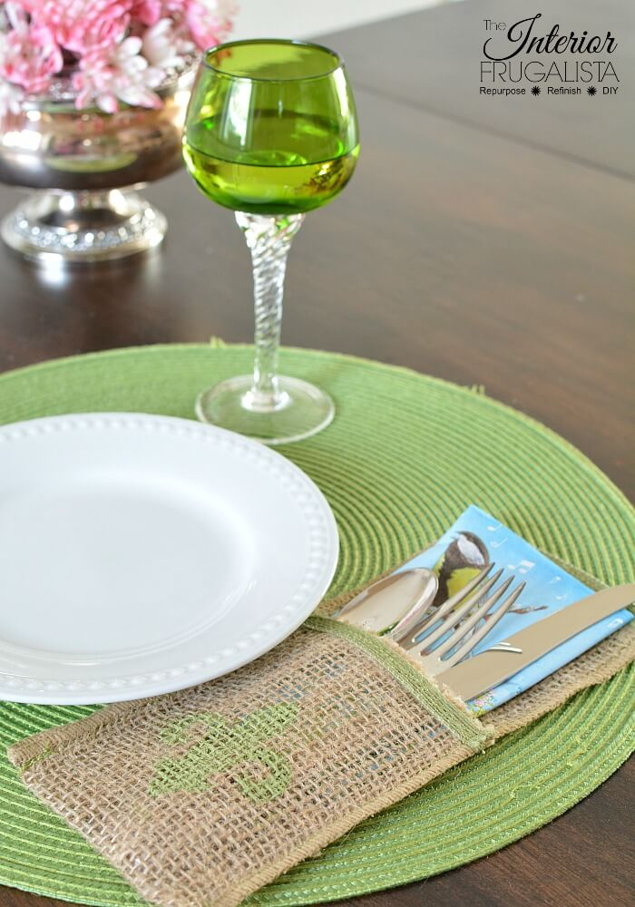 These handy reusable Burlap Ribbon Flatware Pockets with French Country Style are easy-sew OR no-sew DIY silverware pouches for dinner parties.