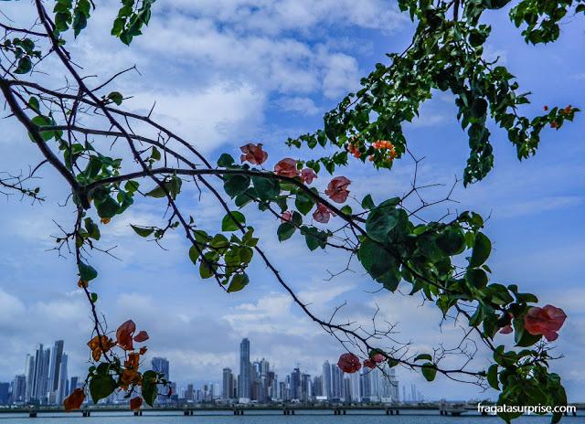 A parte moderna da Cidade do Panamá vista das muralhas do Casco Viejo