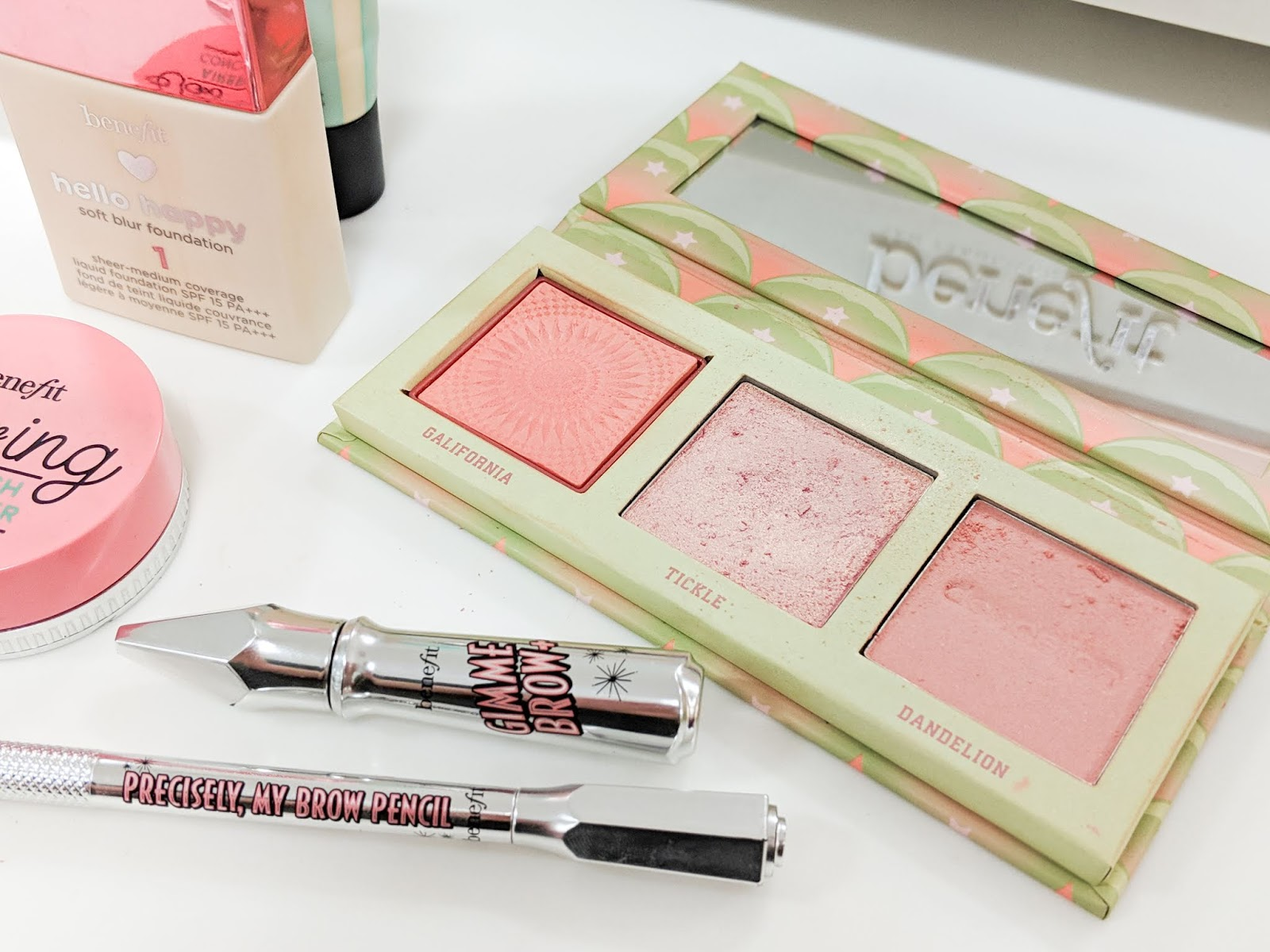Benefit-Cosmetics-Hoola-Review