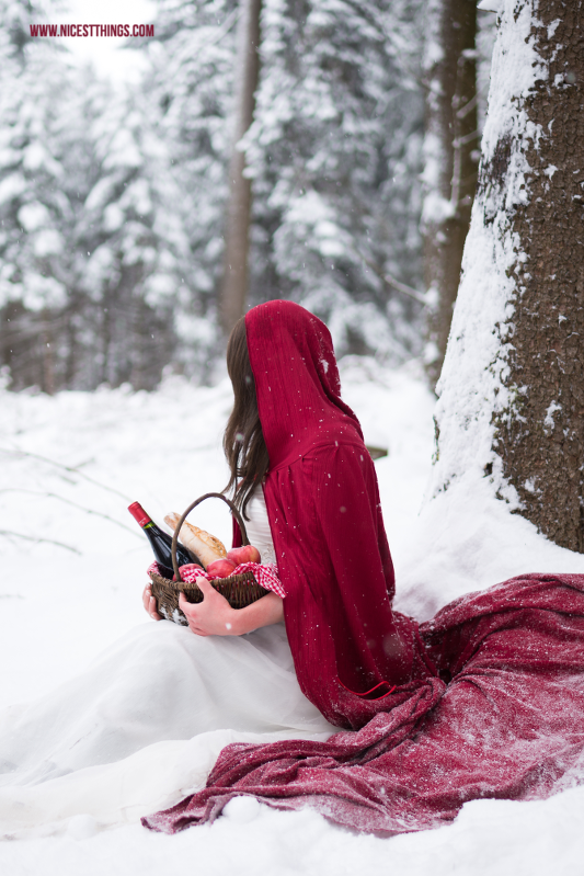 Little Red Riding Hood Themed Shooting