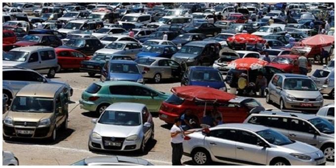 طرق فحص سيارة مستعملة سوق السيارات المستعملة فحص محرك السيارة المستعملة  أماكن الكشف على السيارات المستعملة  كيف تشتري سيارة مستعملة  كيفية شراء سيارة مستعملة من سوق السيارات أهم الأسئلة عند شراء سيارة مستعملة  الكشف على شاسيه السيارة السيارات المستعملة السيارات الجديدة شراء السيارات اختبارات القيادة تفاصيل تكوين وحالة السيارة سيارة صغيرة أو كبيرة طريقة أفضل للتحقق من حالة السيارة معرفة الحالة الفعلية للسيارة وأجزائها معرفة تاريخ السيارة تقرير CARFAX فحص ميكانيكي الفحص الميكانيكي للسيارة فحص سيارة مستعملة فحص الأميال شراء سيارة