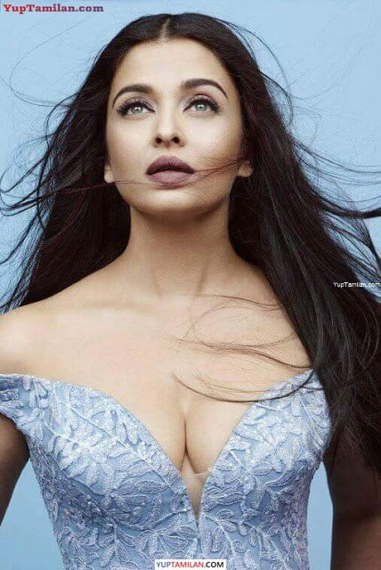 Aishwarya Rai Bachchan Hot & Sexy Cleavage Photos