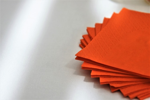 Día Mundial del Reciclaje: 12 errores frecuentes a la hora de reciclar. Servilletas de papel