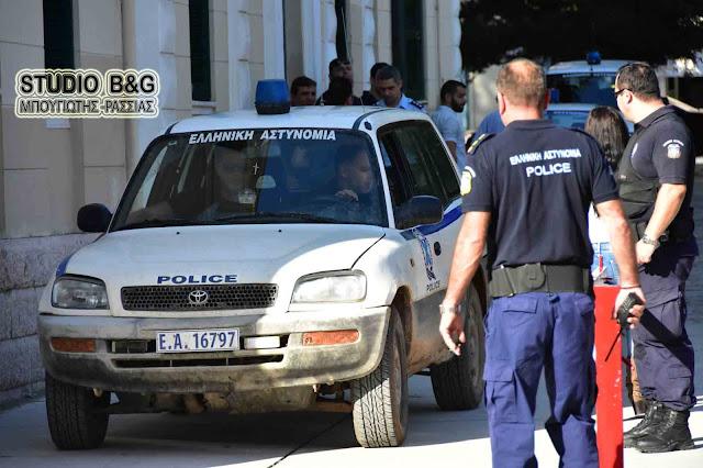Επιχείρηση της αστυνομίας στο Ναύπλιο - Χειροπέδες σε μεγάλη σπείρα Γεωργιανών που είχε «γδύσει» δεκάδες σπίτια