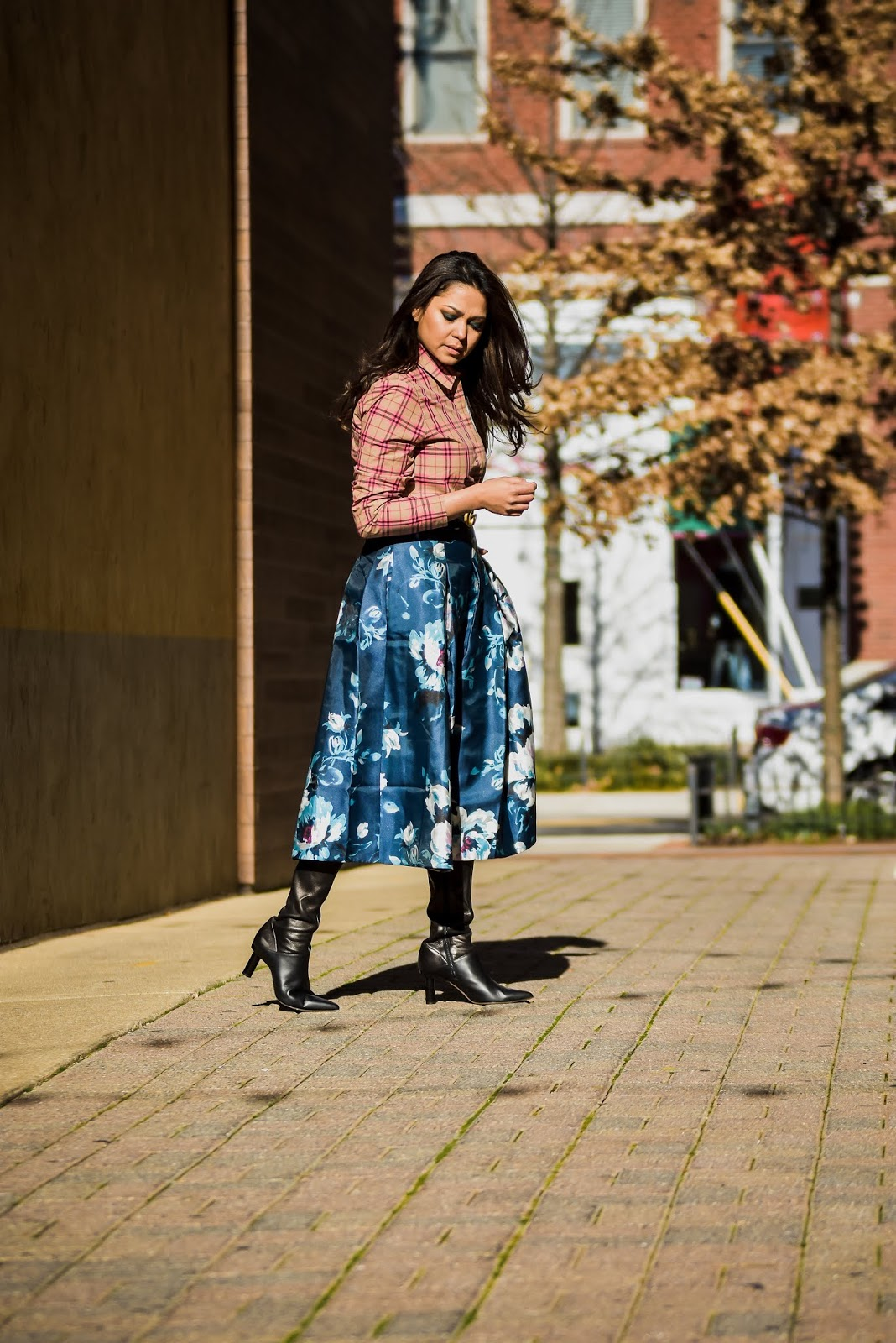 burberry pink shirt, whbm floral skirt, tibi boots, print on print, street style, bethesda row, fashion, style, saumya shiohare, myriad musings