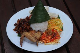Sarapan Nasi Campur Expo 88 di Holiday Inn Kemayoran