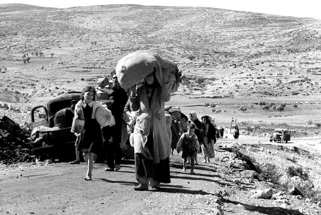 صورة للفلسطينيين بعد نكبة 48