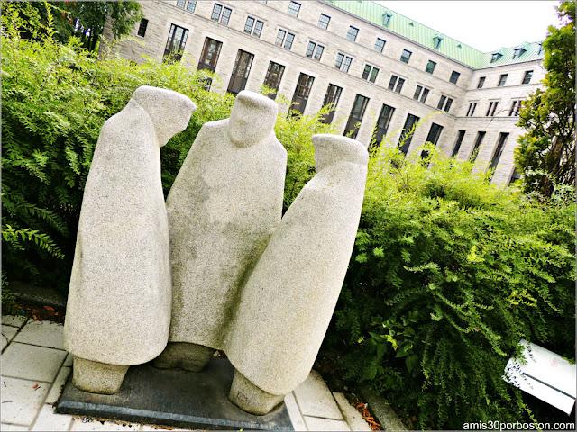Escultura Symposium de Lewis Pagé en el Viejo Quebec