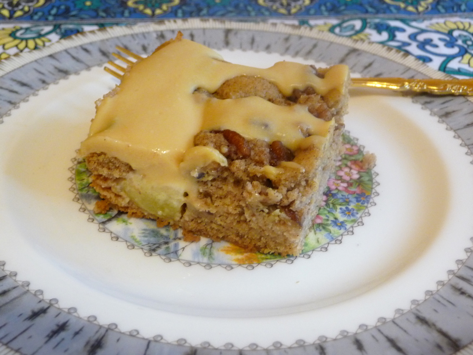 Low Carb Apple Cake Recipes: SPLENDID LOW-CARBING BY JENNIFER ELOFF: APPLE CINNAMON