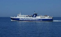 «Κόλλησε» στο λιμάνι της Κυλλήνης το «ΝΗΣΟΣ ΚΕΦΑΛΟΝΙΑ» – Ταλαιπωρία για τους επιβάτες