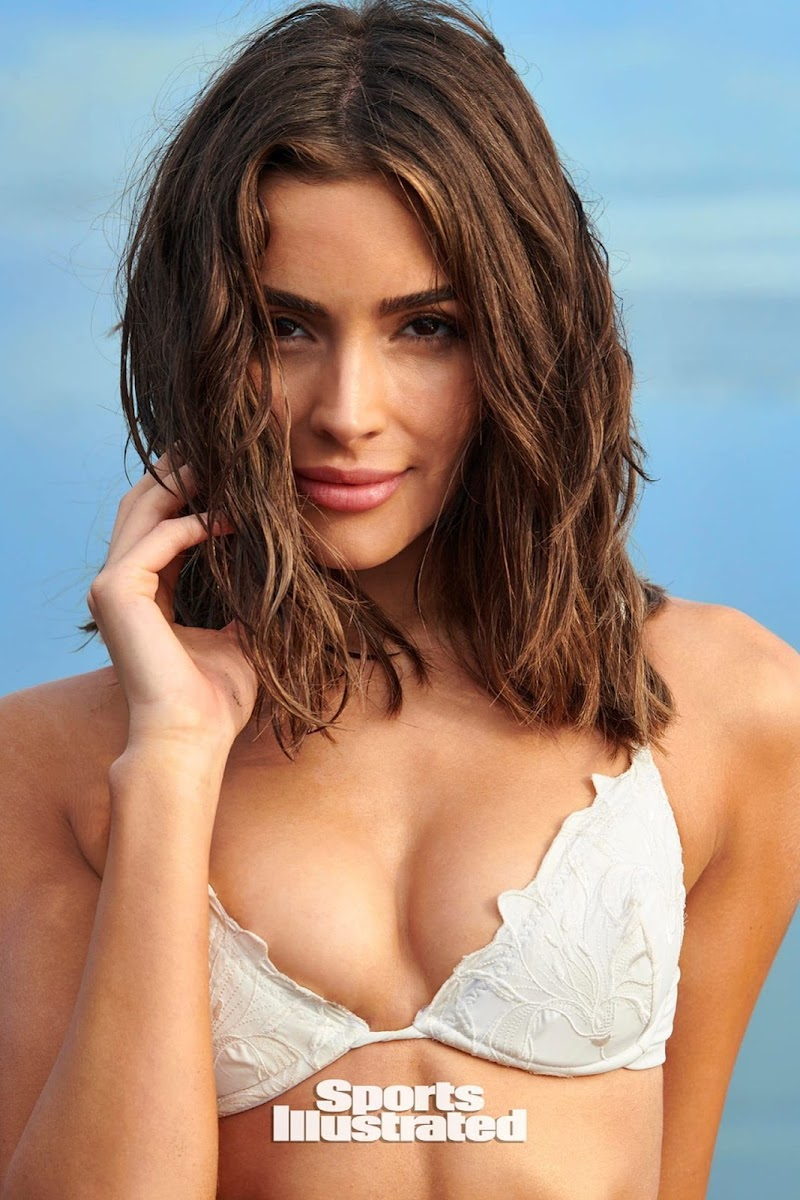 Olivia Culpo Outfit – Sports Illustrated Swimsuit Issue 2020