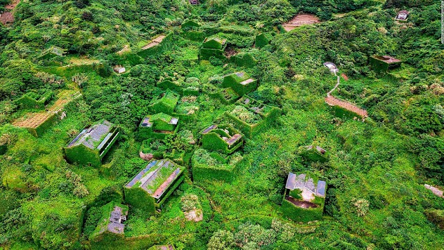 The abandoned village turned into a fairyland in China