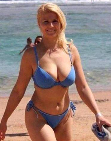 Κολίντα Γκράμπαρ, Sexy 1