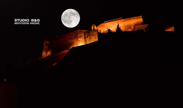 Με ανοιχτούς 115 αρχαιολογικούς χώρους και μουσεία η Αυγουστιάτικη πανσέληνος