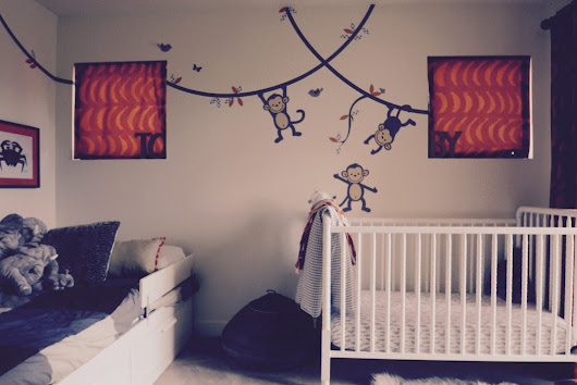 How to decorate a children's nursery