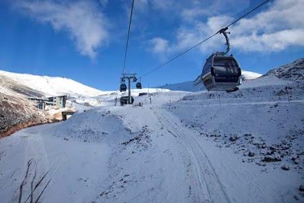 Κλείνουν οριστικά για φέτος τα Χιονοδρομικά Κέντρα Παρνασσού και Βόρα - Καϊμακτσαλάν