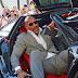 The Rock Kesusahan Turun dari Supercar 14 Miliar Haha