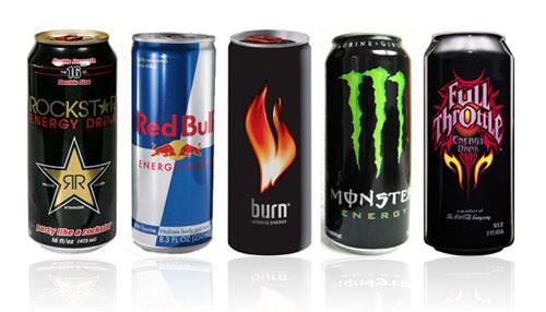 Sabias que las populares bebidas energéticas tienen riesgos ocultos.
