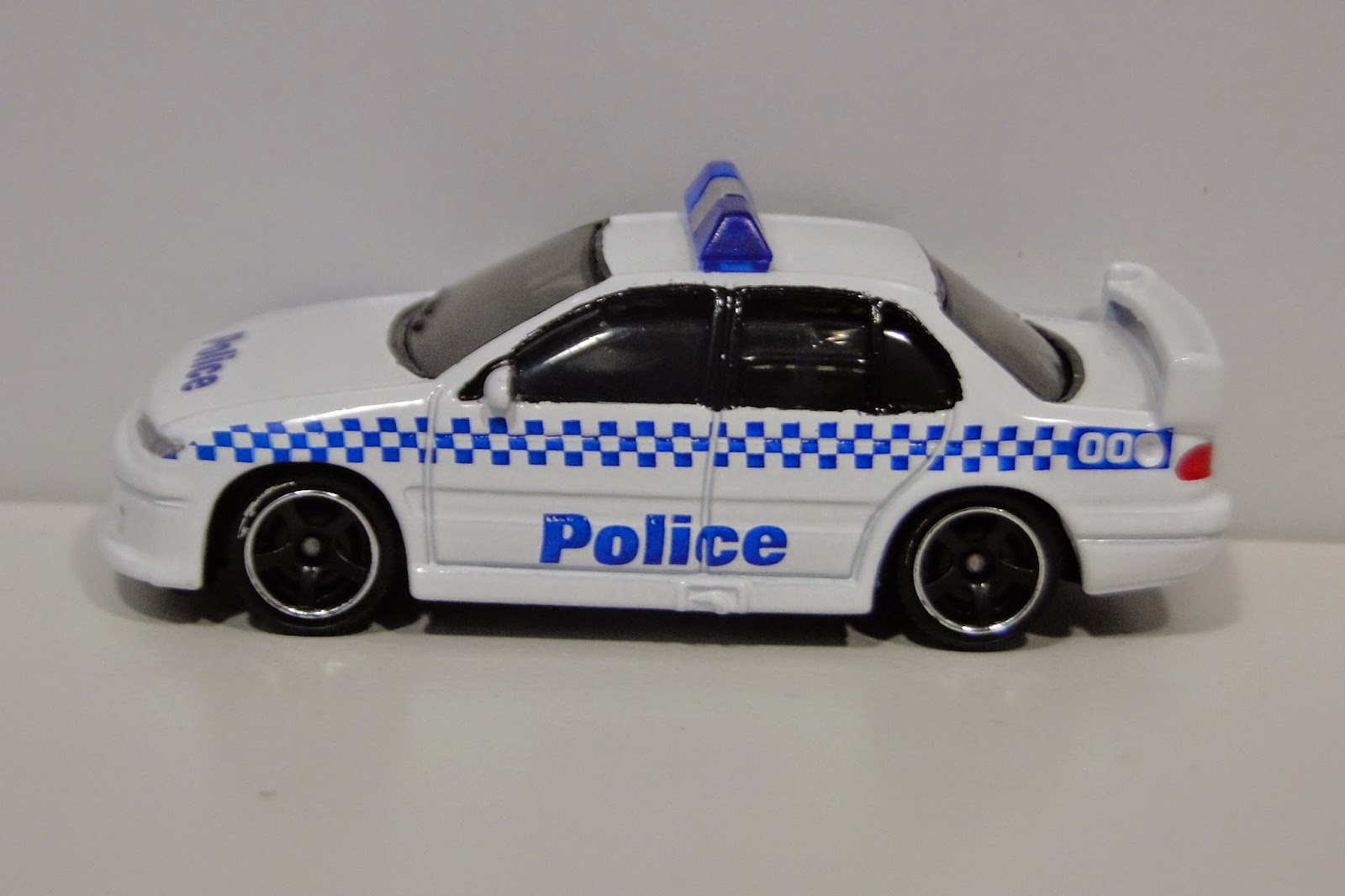 2014 Matchbox Mission Force Police FORD EXPLORER Loose ...