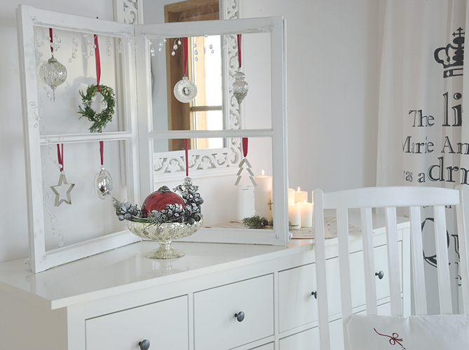 zauberhafte weihnachten dekoideen f rs wohnzimmer white and vintage. Black Bedroom Furniture Sets. Home Design Ideas
