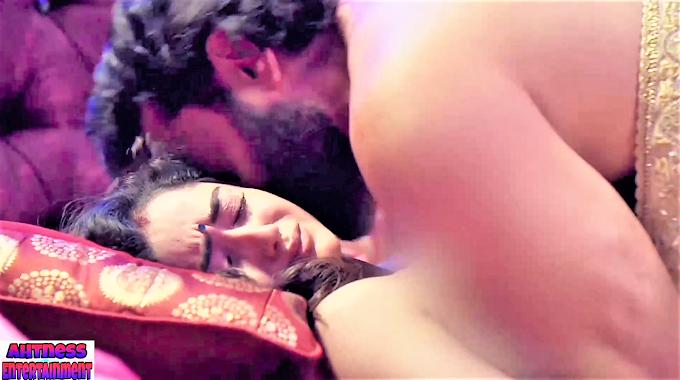 Tridha Choudhury sexy scene - Aashram s01ep09 (2020) HD 720p