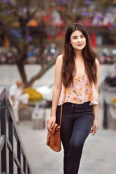 girls wallpaper, beautiful girl image for Facebook