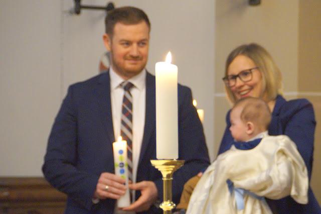 Taufe Junge Deko DIY Idee Geschenkidee Blumen Tischdeko Jules kleines Freudenhaus Kirche