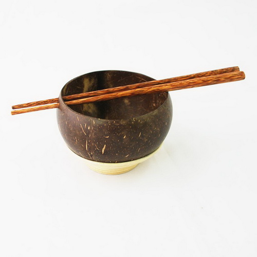 Tinuku Cumplung Aji craft studio talking masterpiece bowls and chopsticks made coconut shells, bamboo and rattan