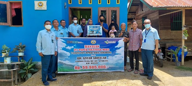 PT PIM Kreung Geukueh Serahkan Bantuan RSS Untuk Masyarakat Miskin