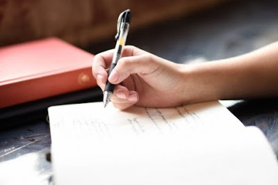 Contoh Soal PAS Bahasa Indonesia Kelas 9 Semester 1 (Kunci Jawaban dan Pembahasan)