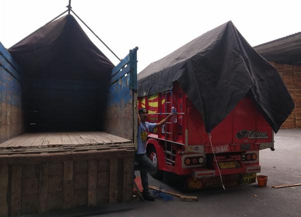 Jasa Angkutan Truk Semarang