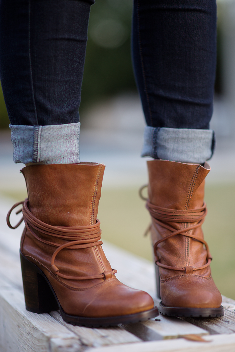 Holiday Fashion with Zappos, Freebird, and Paige Jeans - littleladylittlecity.com