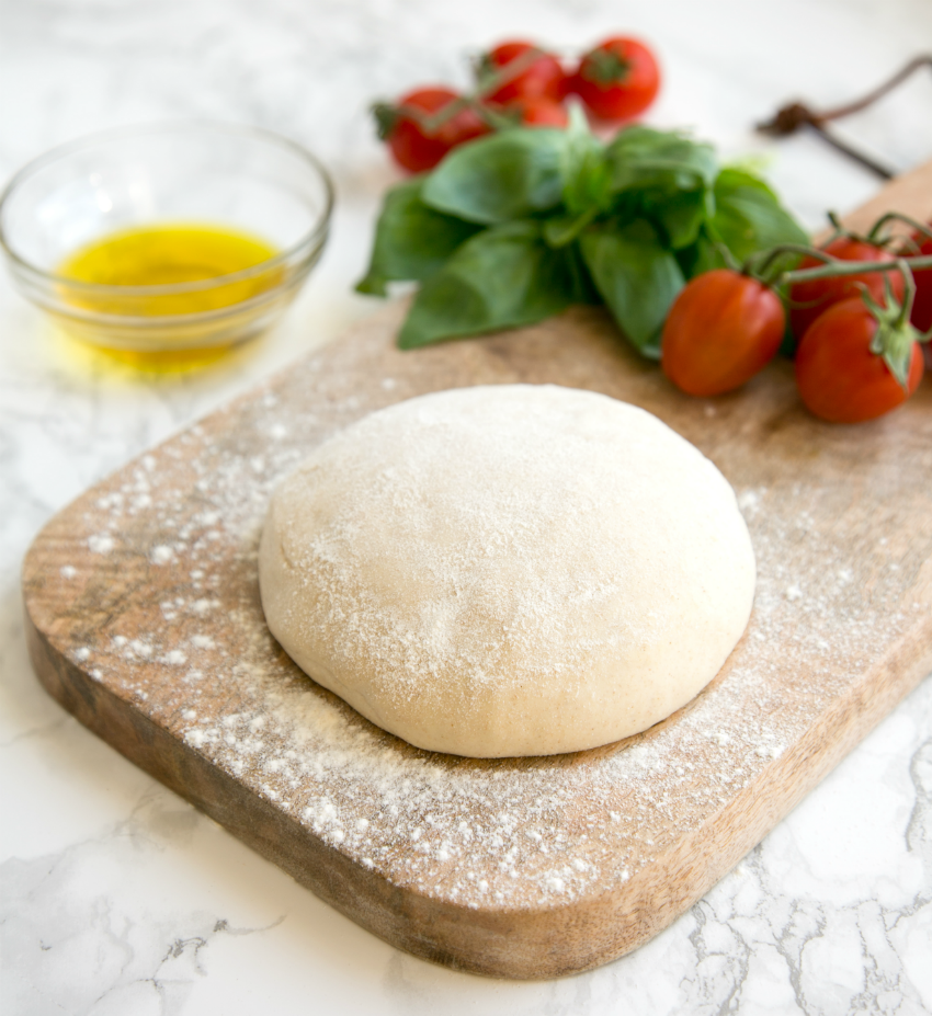 Home Chef: The Petite Cook\'s Homemade Pizza Base Recipe