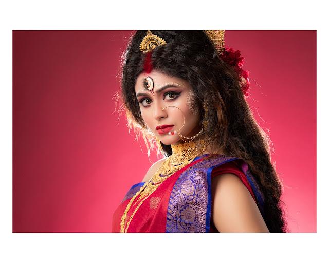 Kalyan Jewellers' celebrates Mahalaya with Ritabhari Chakraborty in never-seen-before avatar
