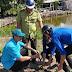 Đoàn viên, thanh niên xã Tân Hải tham gia trồng cây xanh bảo vệ môi trường