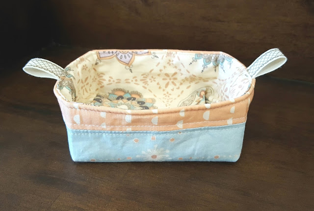 Soulful Fabric Pixie Basket by Heidi Staples of Fabric Mutt