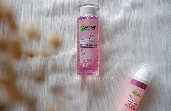 rangkaian garnier sakura white: garnier sakura white essence lotion